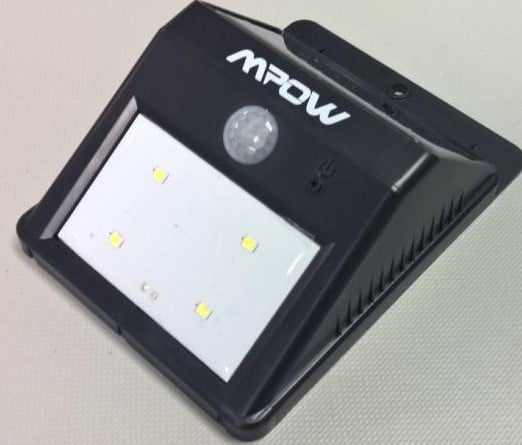 mpow_IoT_enclosure_light_solar_panel_battery (3)